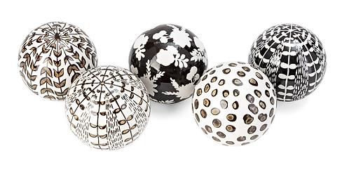 Salton Black & White Balls Set Of 5