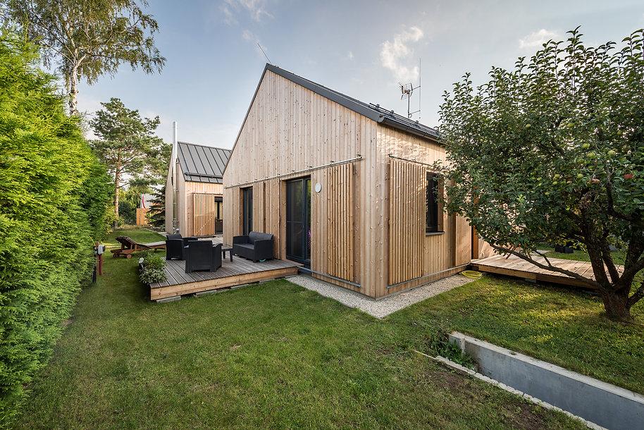 Fotky dům ze zahrady