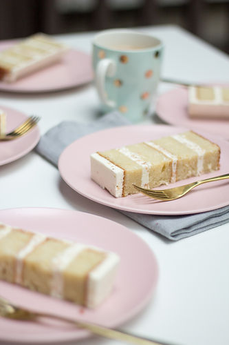 coconut cake slices