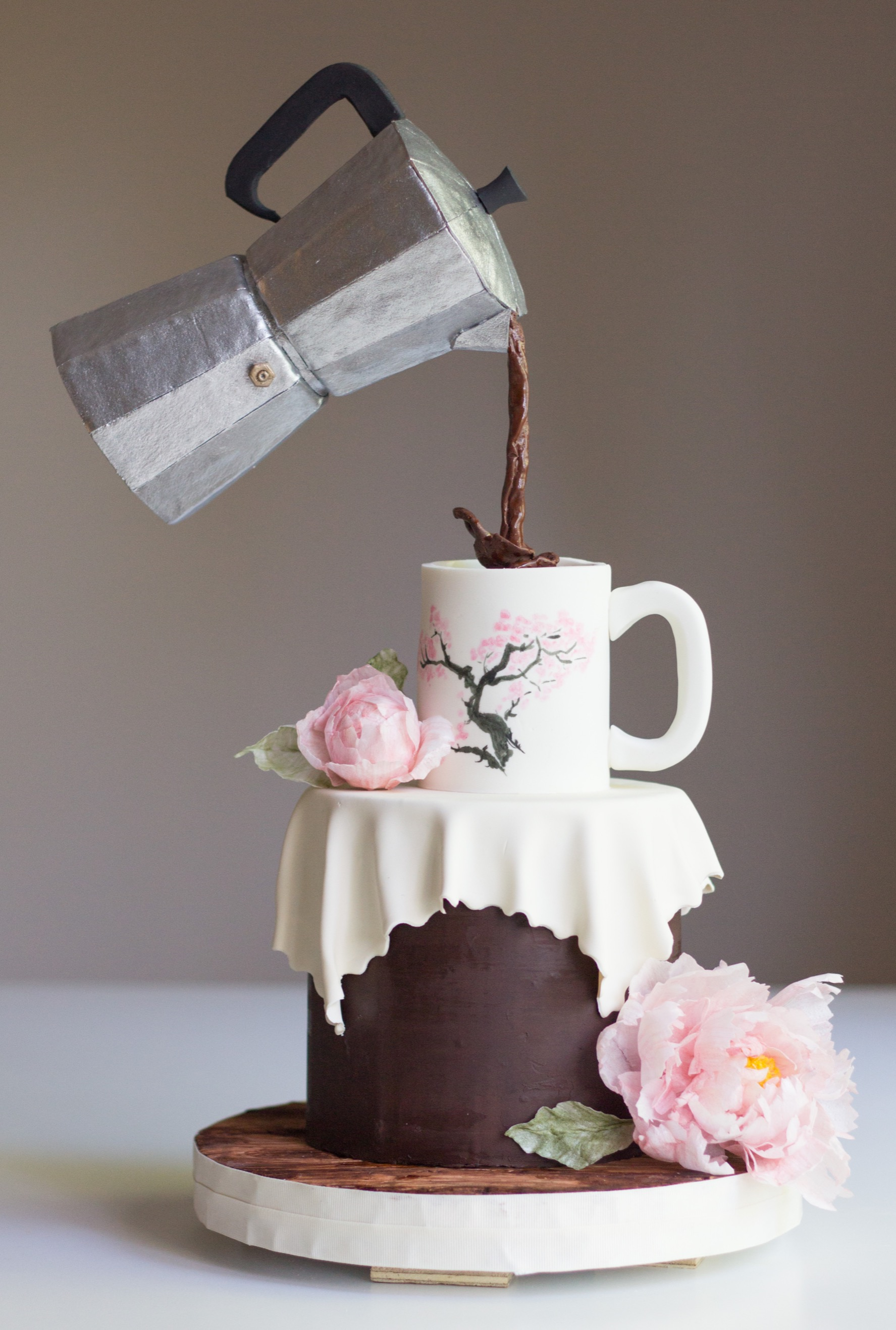 Gravity defying Coffee Pouring Cake