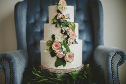 Sugar Flowers and Moss Cake
