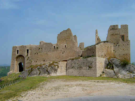 Castello D'Evoli di Castropignano (CB)