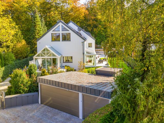 Neubau und Teilaufstockung des Wohnhauses inkl. Spenglerarbeiten an der Garage - Velux-Panorama-Gauben