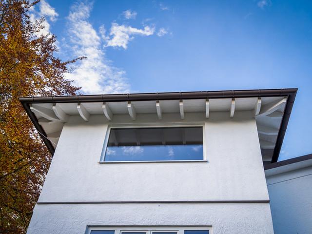 Aufstockung eines Turmzimmers inkl. Dacherneuerung des bestehenden Wohnhauses