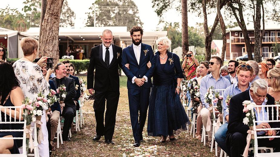 Gold Coast Wedding Photographer Broken Bird Leg