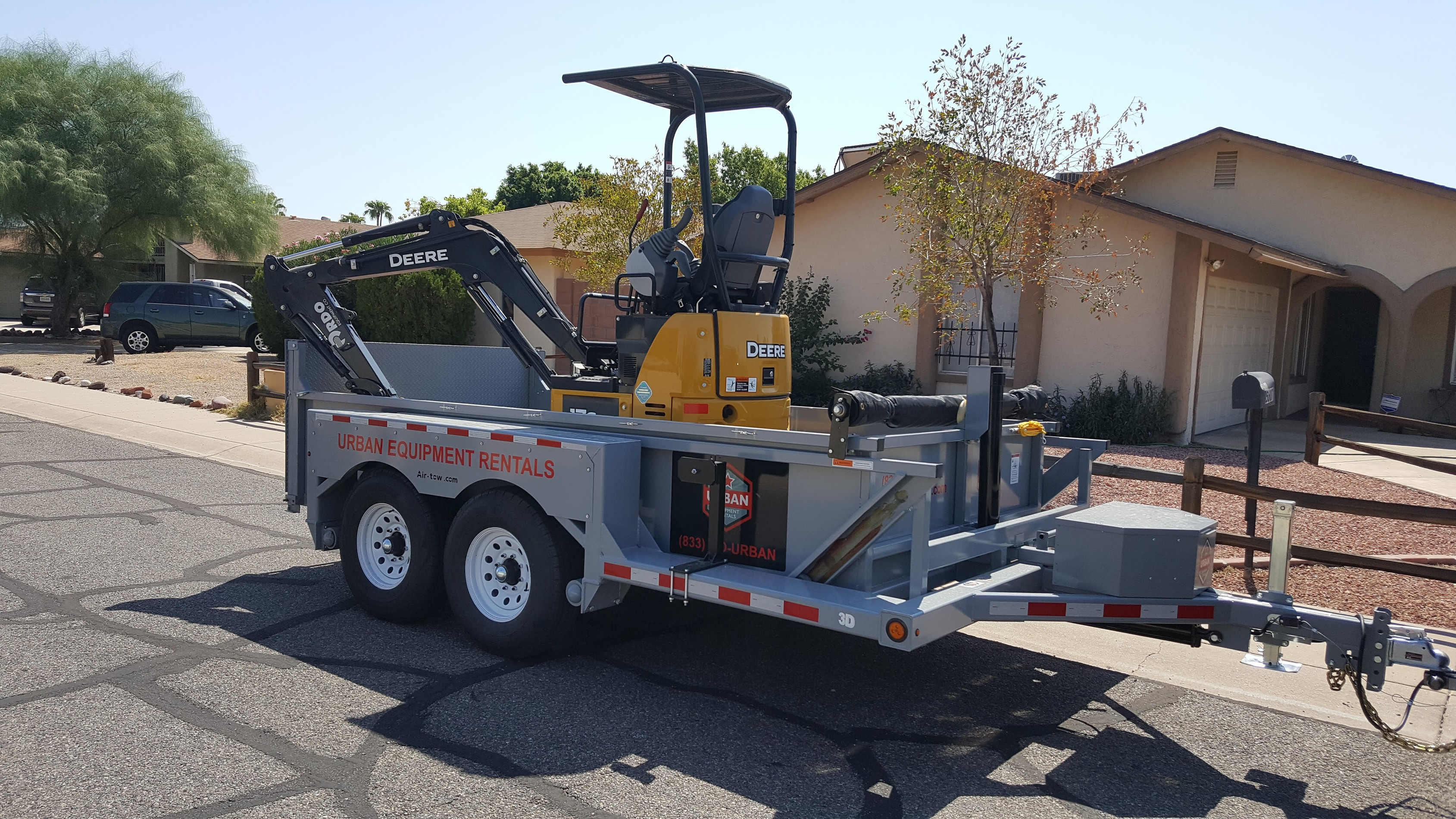 Urban Equipment Rentals Airtow 3D Trailer with JD17G Excavator