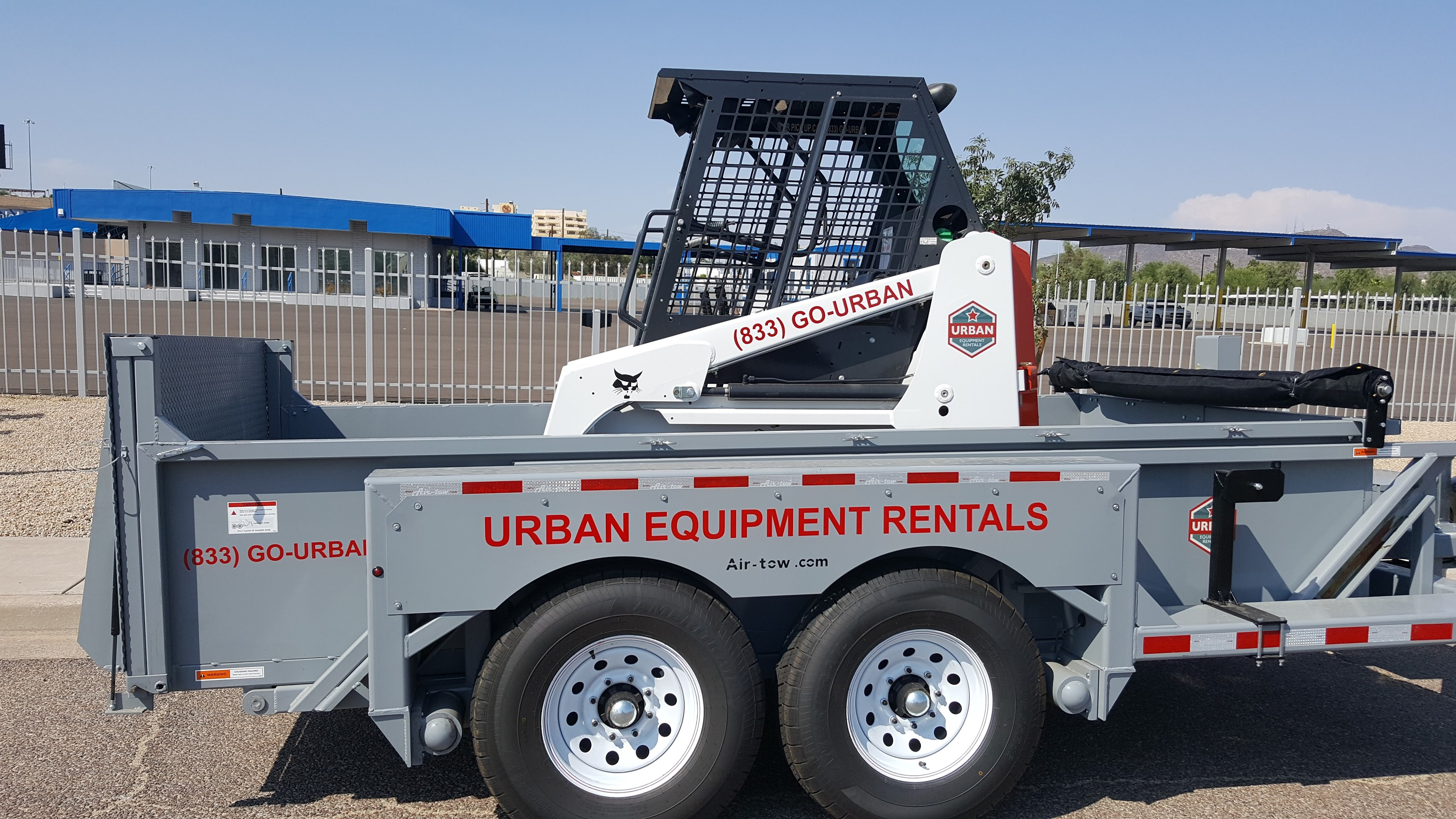 Urban Equipment Rentals Airtow 3D Trailer with Bobcat S70