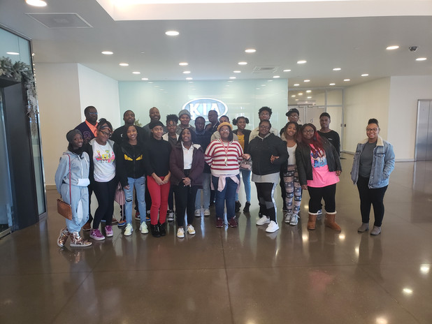 CIS of Atlanta STEM Students Attend Career Shadow Tour at Kia Manufacturing Facility