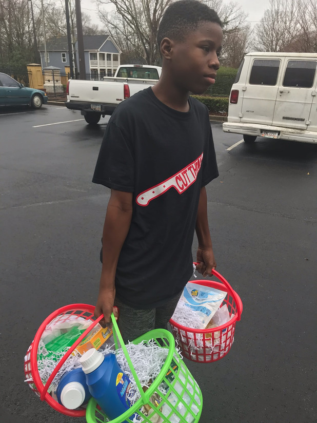 On the Frontline! CIS of Atlanta Students Give Back to Senior Citizens!