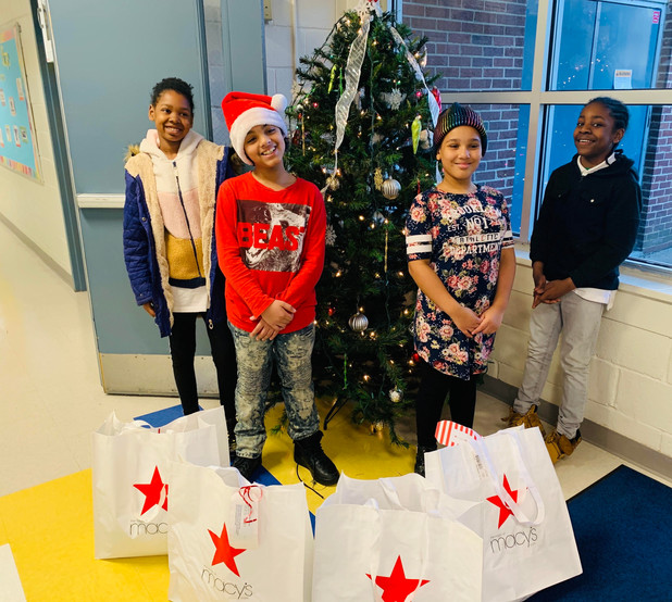 Macy's Gives Back to CIS of Atlanta Students in a Big Way!
