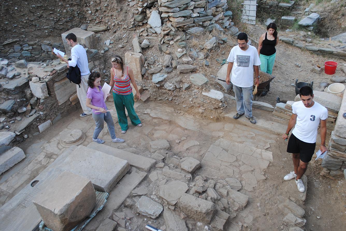 Ανασκαφή στη βασιλική 2012