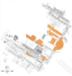 Κάτοψη της ανασκαφής στο κάτω άνδηρο. Ο μονόχωρος ναός, κτήριο Η