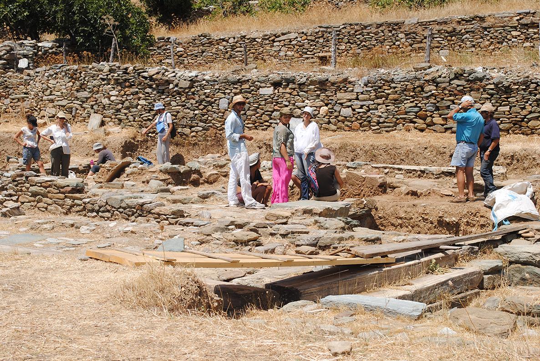Ανασκαφή στο άνω άνδηρο της αγοράς 2012