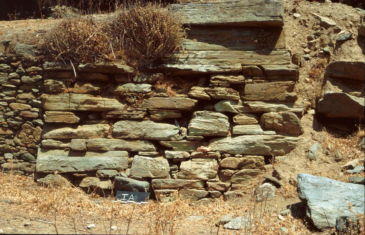 Ταφικός περίβολος στην περιοχή του ανατολικού νεκροταφείου