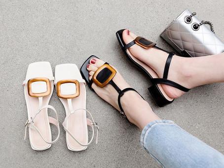 Moda dos Anos 90: Sandália de bico quadrado!