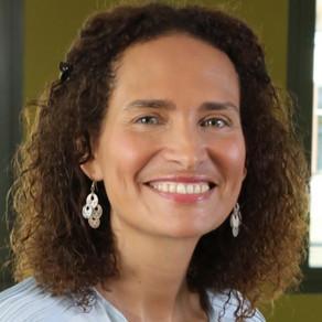 Frédérique Bedos : Si vous voulez des miracles dans vos vies, prenez des risques !