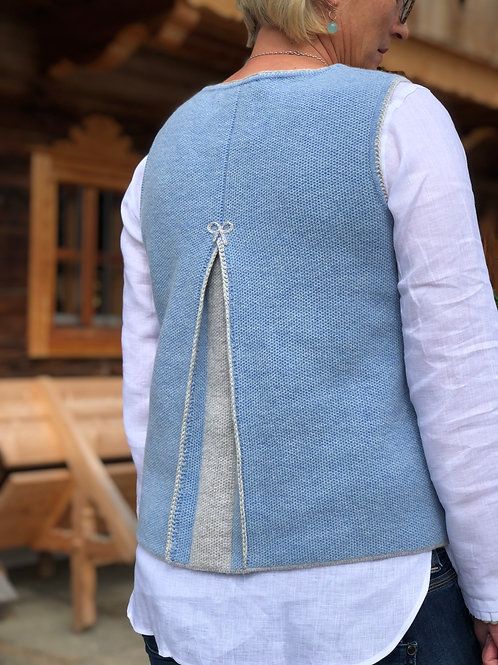 Pullunder mit Rückenfalte blau/ grau