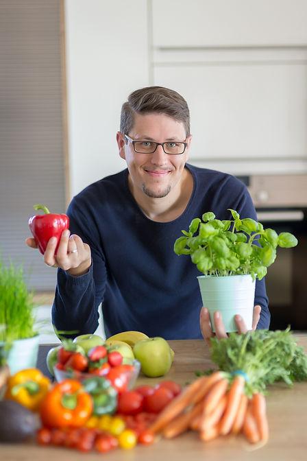 Lukas Prumbach Ökotrophologe (B.Sc.) | Ernährungsberater/DGE