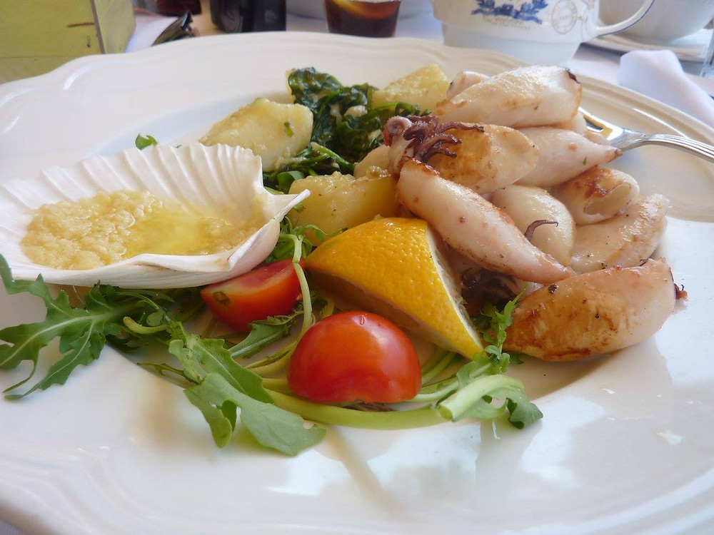 Squid, spinach, potaoes in Sloveina