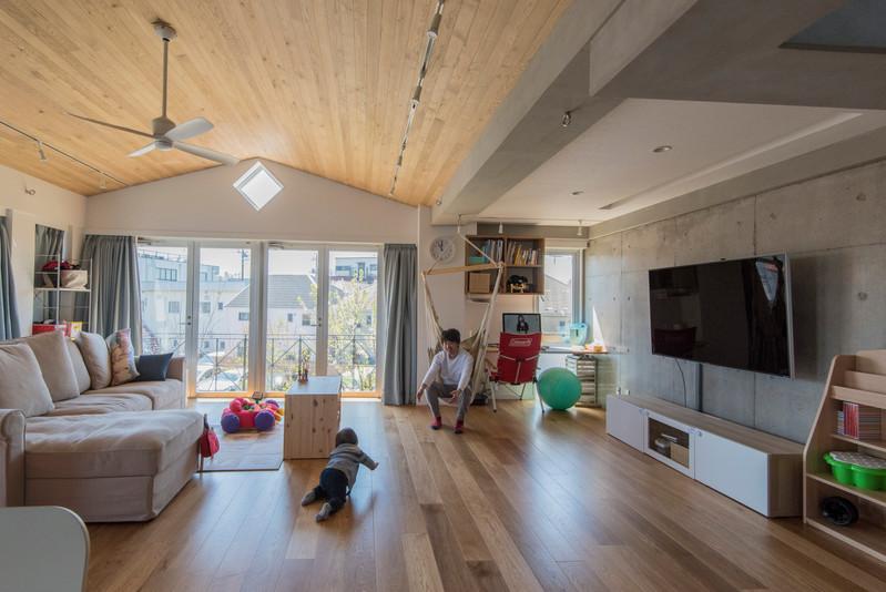 稲城の家 リノベーション 二世帯住宅 ルーフバルコニー
