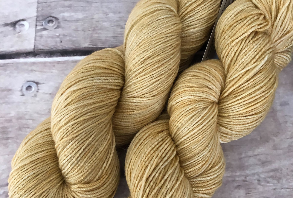Sand Dune - 4ply sock yarn in merino and nylon