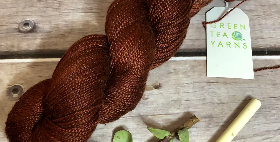 The Red Centre - 4 ply in pure Mulberry silk