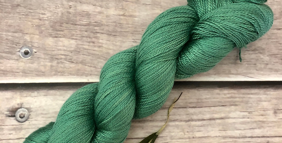 Emerald Bay - 3 ply in pure Mulberry silk - Ginseng hl