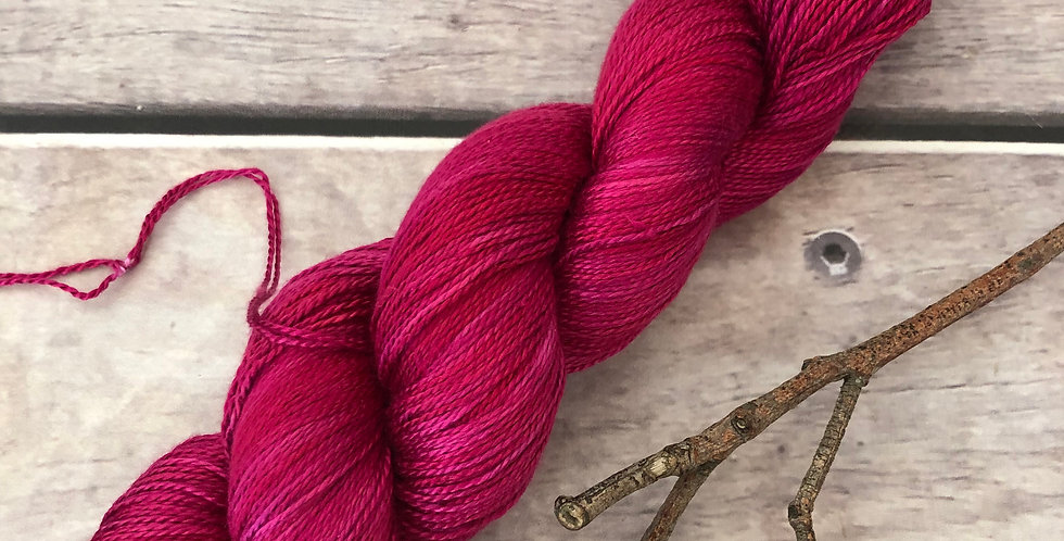 Bush Berries - 3 ply in Mulberry silk - Ginseng hl