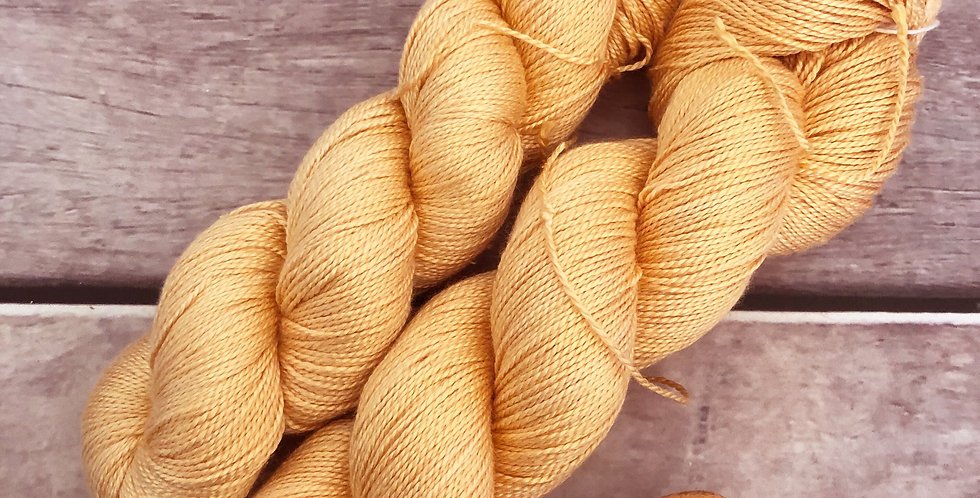 Saffron Gold - 4 ply in pure Mulberry silk - Ginseng f