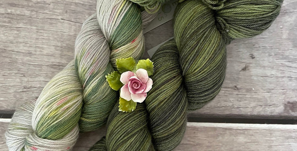 How your Garden Grows - 4ply sock yarn set in merino and nylon - Darjeeli