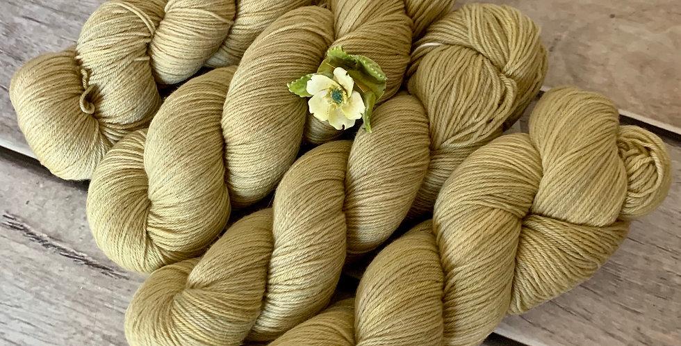 Uprising - 4ply sock yarn in merino and nylon - Darjeeling
