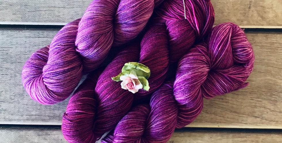 Berry Season - 4ply sock yarn set in merino and nylon - Darjeeli