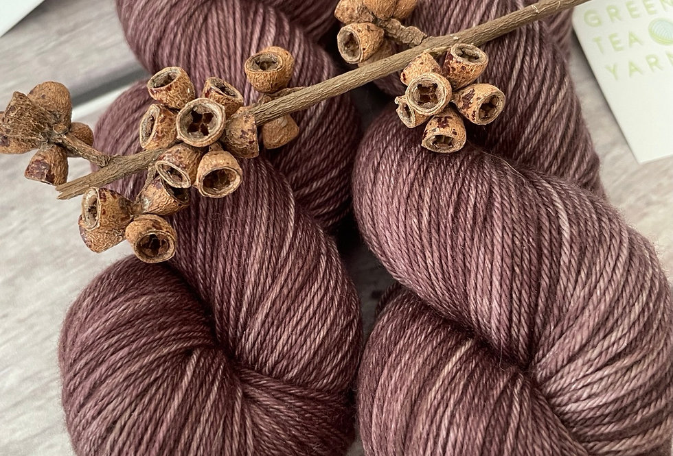 Paperbark - 4 ply sock yarn in merino and nylon - Darjeeling