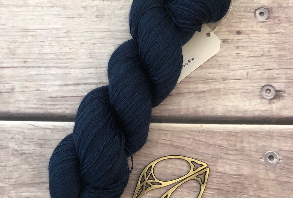 Midnight in Paradise - 2 Ply in silk and alpaca - Echinacea