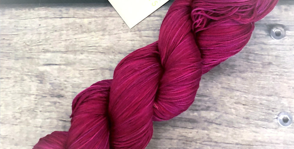 Bush Berries - 100% mulberry silk