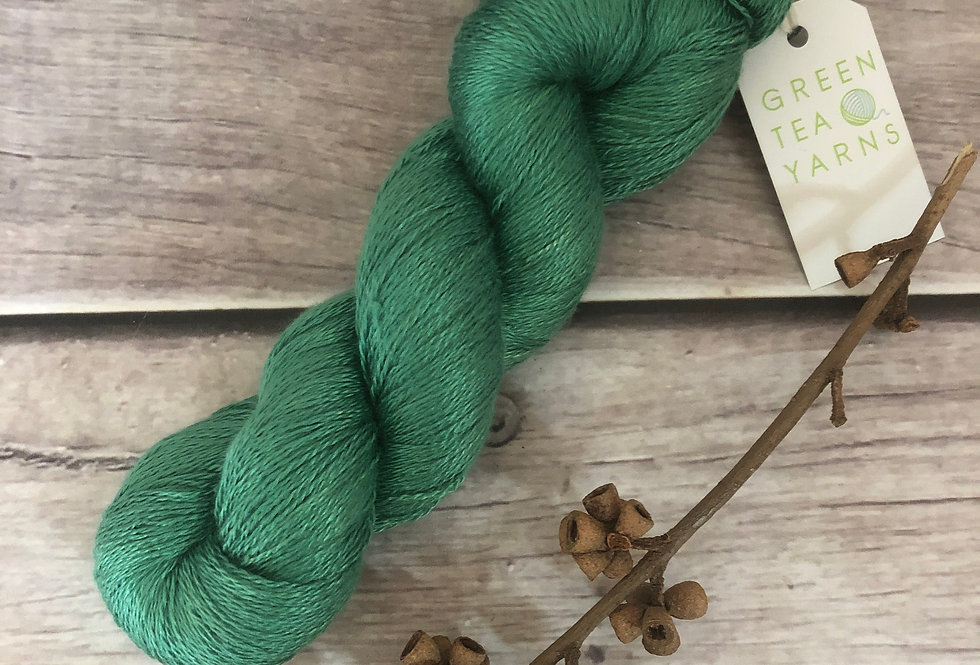 Emerald Bay - 2 ply in Mulberry silk - Pekoe (l)