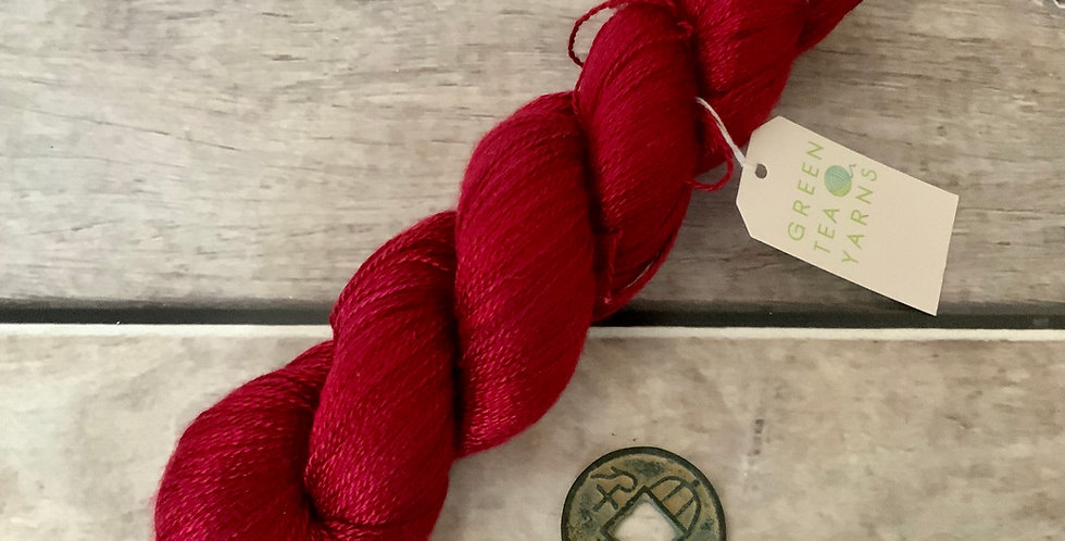 Lacquer Red - 3 ply in Mulberry silk - Pekoe hl
