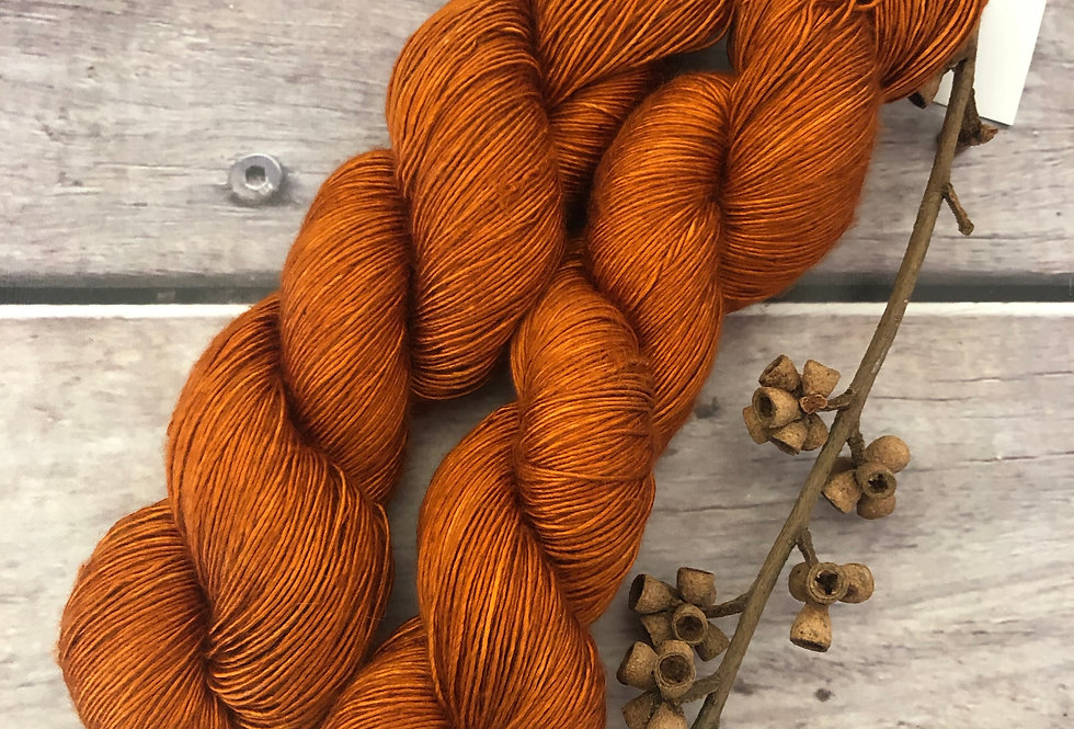Tamarind Sunset - 4 ply mulberry silk single -Rougui