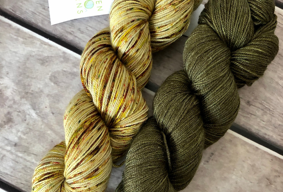 Banksia and Pintupi - 4 ply silk / merino / cashmere - Assam