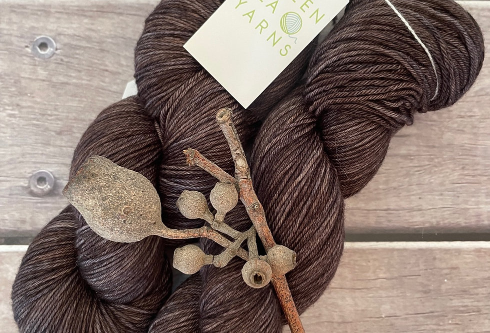 Ground - 4 ply sock yarn in merino & nylon