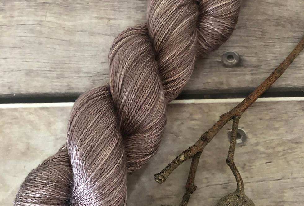 Dawn's Light - 3 ply in Mulberry silk - Pekoe hl