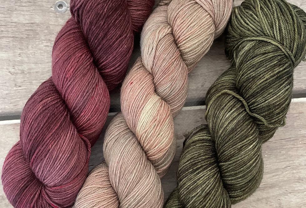 Withered - 4ply sock yarn set in merino and nylon - Darjeeli