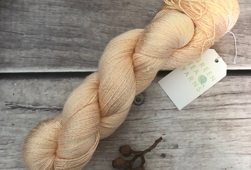 Apricot - 2 ply in Mulberry silk - Pekoe (l)