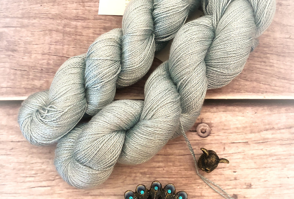 Sea Breeze - 3 ply in pure Mulberry silk - Ginseng hl