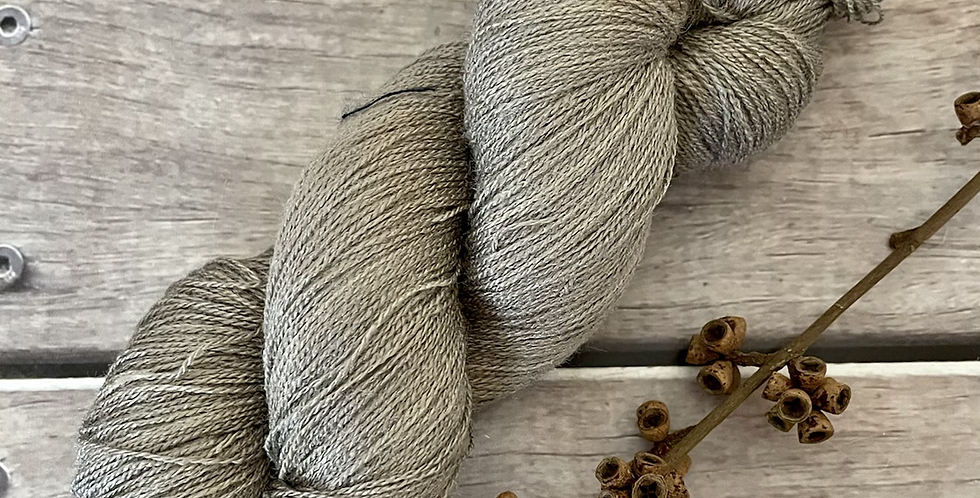 Oysters on the Bay - 1 Ply in Tussah Silk