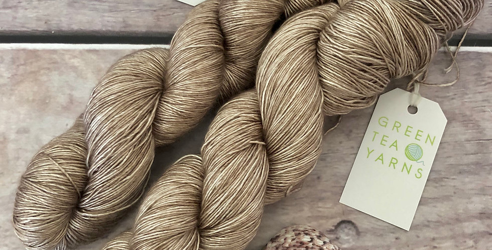 Wild Oats - 4 ply mulberry silk single -Rougui