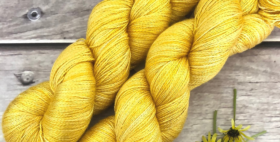 You Are My Sunshine- 3 ply in pure Mulberry silk - Ginseng hl