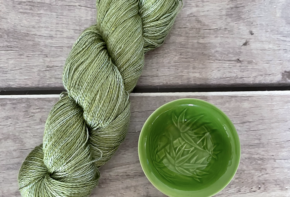 Matcha Green - 3 ply in Mulberry silk - Pekoe hl