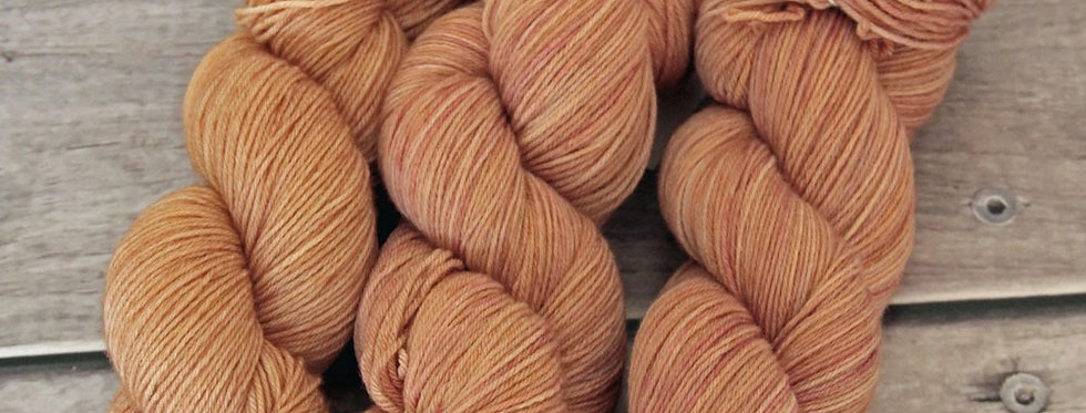 Golden Amber - 4 ply sock yarn in merino & nylon