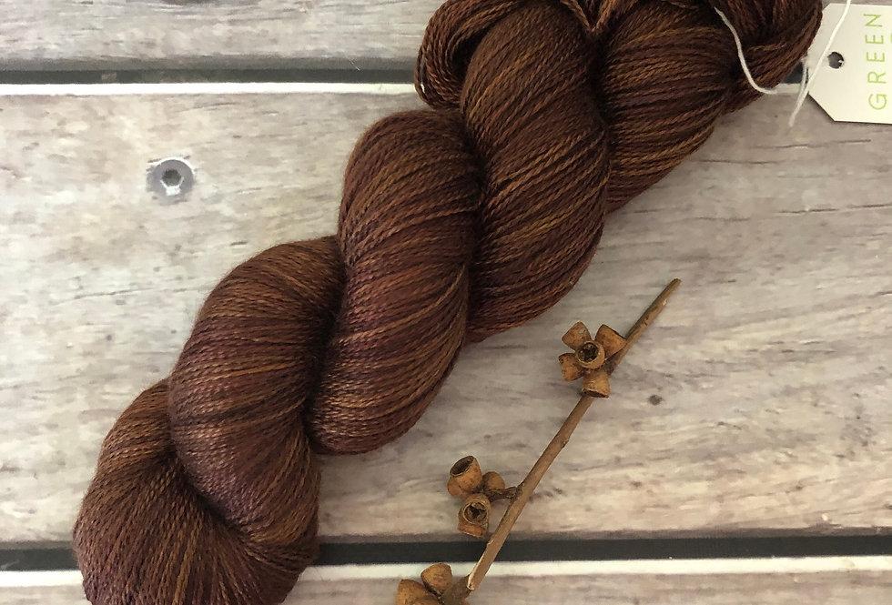 Nutmeg ooak - 2 Ply in silk and alpaca - Echinacea